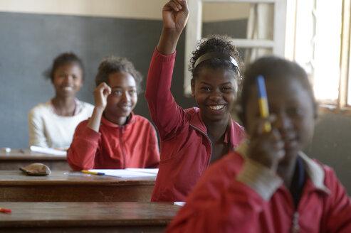 Madagaskar, Pupils in Fianarantsoa elementary school - FLKF00751