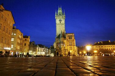Czechia, Prague, Old Town Square and Town Hall at dusk - DSGF01498