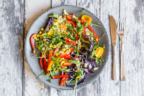 Plate of rainbow salad with bulgur, rocket and different vegetables - SARF03238