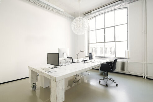 Interior of a modern agency office - SBOF00373