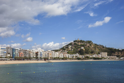 Spain, Catalonia, Blanes, resort seaside town on Costa Brava at Mediterranean Sea - ABOF00174
