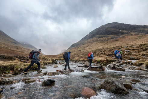 UK, Scotland, Glencoe, trekking at Sron na Lairig - ALRF00857