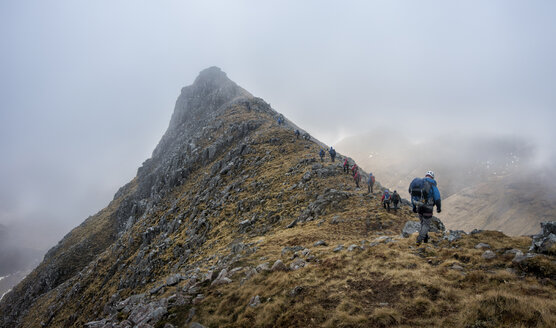 UK, Scotland, Glencoe, trekking at Sron na Lairig - ALRF00860