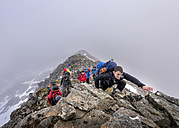 UK, Scotland, Glencoe, mountaineers at Stob Coire Nan Lochan - ALRF00887