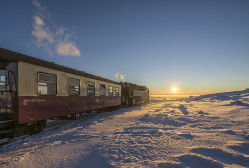 Germany, Saxony-Anhalt, Harz National Park, Brocken Railway at winter evening - PVCF01033