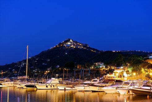 Italy, Campania, Province of Salerno, Cilento National Park, Castellabate, San Marco, harbor at dusk - LBF01602
