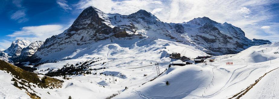 Switzerland, Canton of Bern, Grindelwald, Kleine Scheidegg, summit station and Eiger North Face - AMF05358