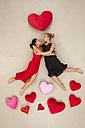 Lesbian couple kissing - BAEF01291