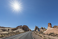 USA, Nevada, Valley of Fire State Park, sandstone and limestone rocks, scenic road - FOF09097