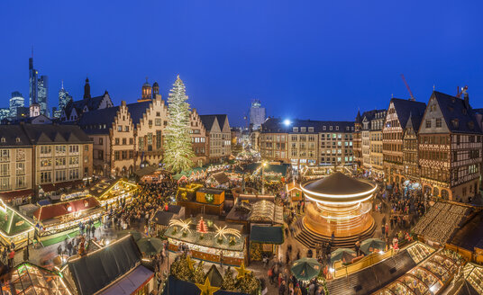 Germany, Frankfurt, Christmas market at Roemerberg in the evening seen from above - PVCF01051
