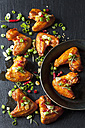 Marinated and grilled chicken wings - CSF28213