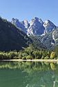 Austria, Salzkammergut, Gosausee, Dachstein mountains - GWF05057