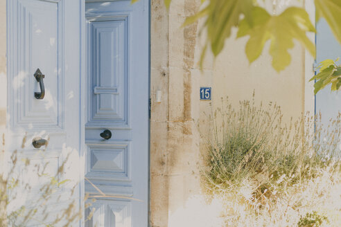 France, Languedoc, old French door - NMSF00040
