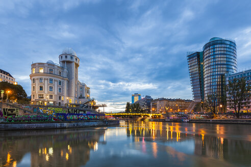 Austria, Vienna, Danube Canal, Urania, observatory and cinema, Uniqa Tower - WDF03957