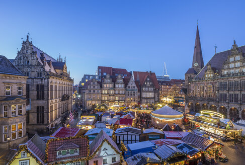 Germany, Bremen, Christmas market on market square in the evening seen from above - PVCF01062