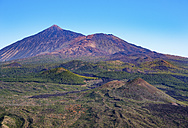 Spain, Canary islands, Tenerife, Pico del Teide und Pico Viejo as seen from Teno mountains - SIEF07394