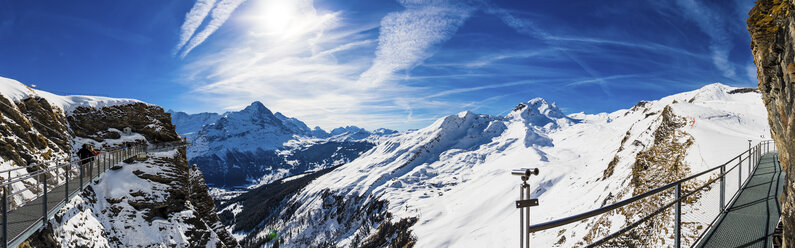 Switzerland, Canton of Bern, Grindelwald, view from First Cliff Walk on Eiger and mountainside of the Reeti - AMF05361