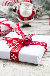 Christmas presents - LVF06032