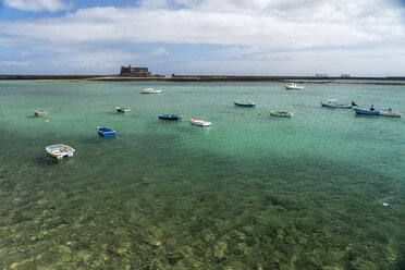 Spain, Lanzarote, Arrecife, fishing harbour and the Castle of San Gabriel - PCF00348