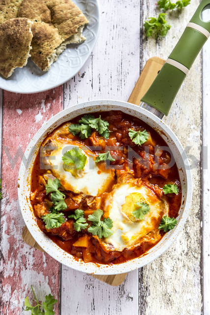 Bell pepper Shakshouka with naan - SARF03297