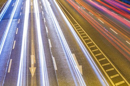 Traffic on Federal road by night - WDF04003