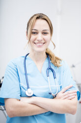 Portrait of smiling doctor - WESTF22988