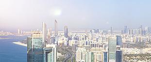 UAE, skyline of Abu Dhabi at the waterfront - MMAF00075
