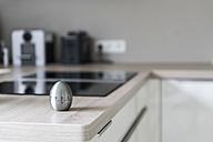 Egg timer in modern kitchen - CHPF00397