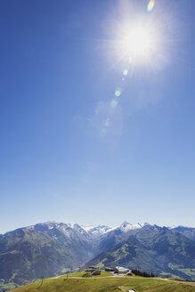 Austria, Salzburg State, mountain panorama from Schmittenhoehe - GWF05203