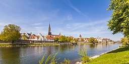 Germany, Ulm, view to the city with Danube River in the foreground - WDF04017