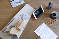 Desk in architecture office - FKF02297