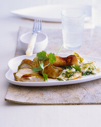 Ginger garlic chicken with vegetable rice - PPXF00061