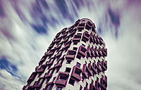 Germany, Munich, Mittersendling, modern apartment tower - FCF01201