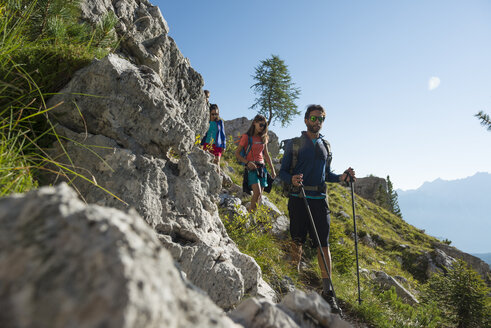 Italy, Friends trekking in the Dolomtes - ZOCF00469