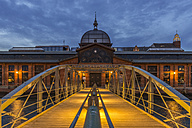 Germany, Hamburg, Altona, fish market hall at blue hour - KEBF00562