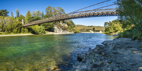 New Zealand, South Island, Southern Scenic Route, Waiau River, Clifden Suspension Bridge - STSF01239