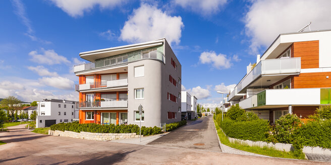 Germany, Waiblingen, solar village Roetepark - WDF04029