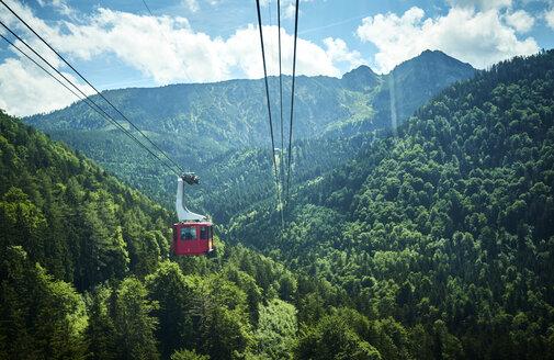 Germany, Chiemgau, gondola of Hochfelln Cable Car - DIKF00256