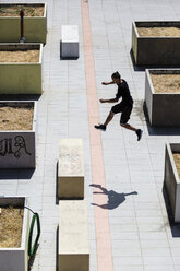 Man exercising Parkour discipline in the city - MGIF00009