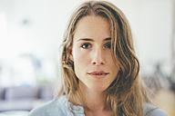 Portrait of confident young woman - KNSF01692