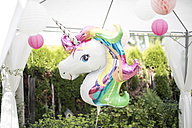 Decoration with unicorn balloon and lampions in a garden - MOEF00022
