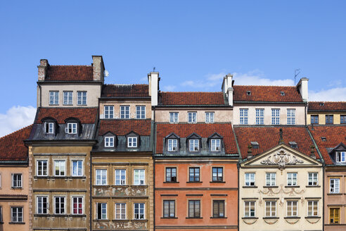Poland, Warsaw, Old Town, historic houses with attics - ABOF00220