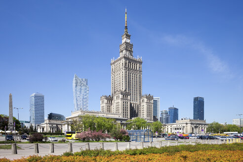 Poland, Warsaw, downtown skyline with Palace of Culture and Science - ABOF00226