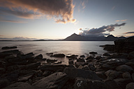UK, Scotland, Isle of Skye, beach of Elgol at sunset - FCF01239