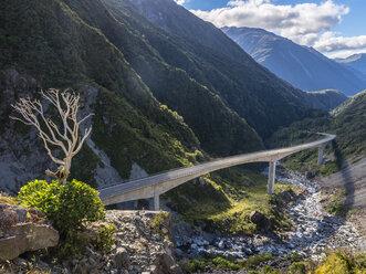 New Zealand, South Island, Canterbury Region, Arthur's Pass National Park, bridge at Arthur's Pass - STSF01278