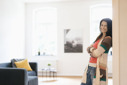 Portrait of happy woman at home - JOSF01260