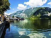 Austria, Salzkammergut, Lake Hallstatt with Hallstadt - AMF05434