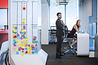 Business people working in office - ZEF14361