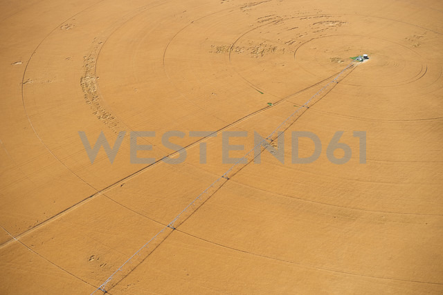 USA, Aerial of irrigated wheat field in Eastern Colorado, USA - BCDF00304 - Cameron Davidson/Westend61