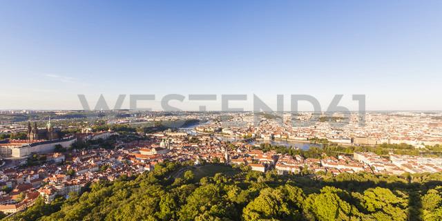 Czech Republic, Prague, cityscape with Hradcany, old town, Charles Bridge and Vltava - WDF04109